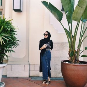 Button Skirt Hijab outfit
