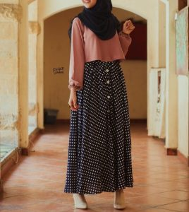 Button up skirt style