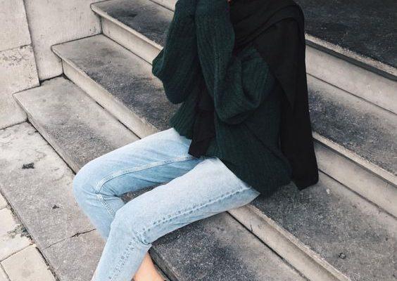 Green army sweater hijab