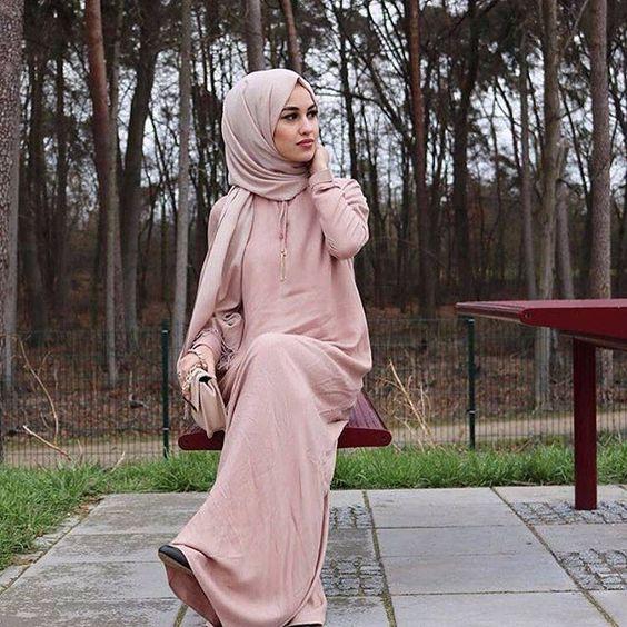 Hijab in Nude Scarf