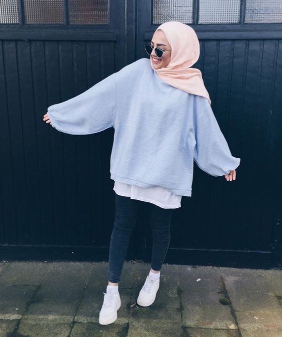 Style Hijab With Sweater