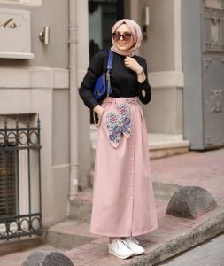 trend hijab with skirt