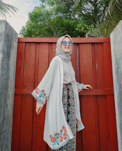 Beach Outfit for hijabis