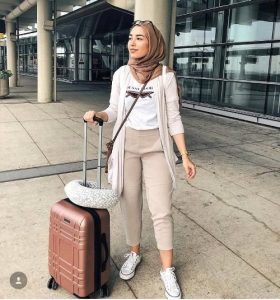 hijab airport style