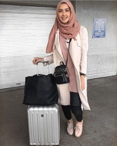 hijab travel outfit