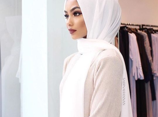 Daily Style Ideas With White Hijab Scarf