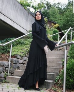 Hijab Outfit In Black