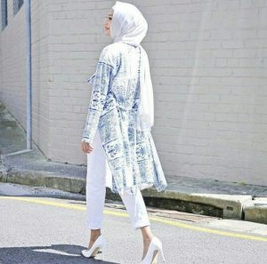 hijab daily wear with white hijab