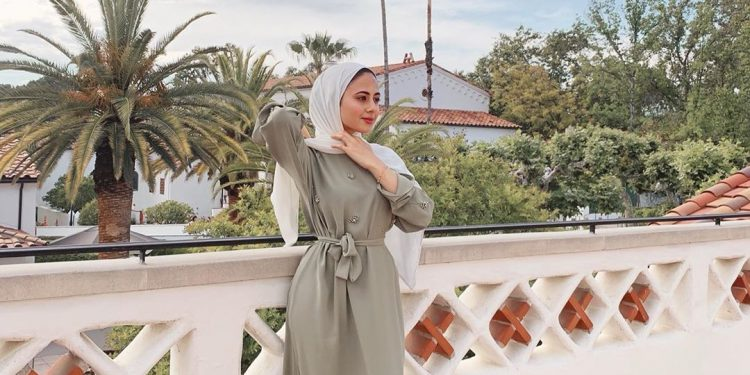 Dress Hijab Style to Wear for Eid al-Fitr 2019 via hijabioffthegrid
