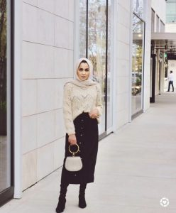 Hijab Outfits with mini bag