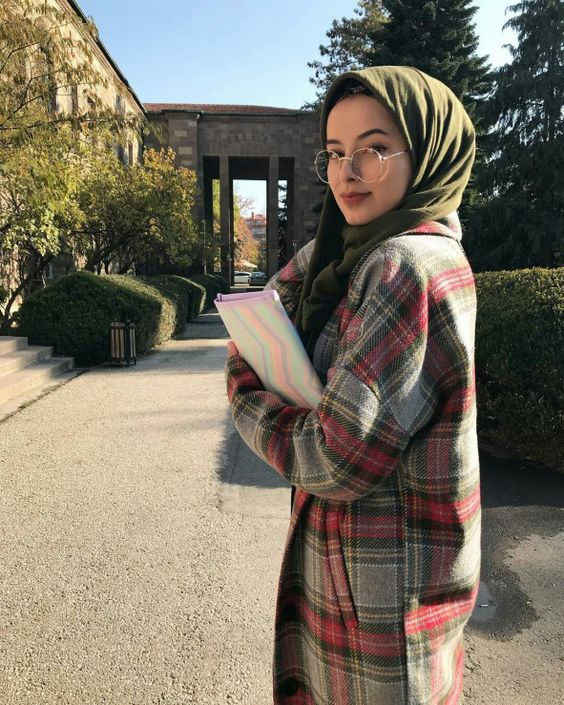 College Hijab Style ideas