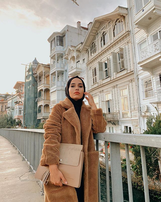 Winter Hijab Outfit Ideas To Keep You Warm