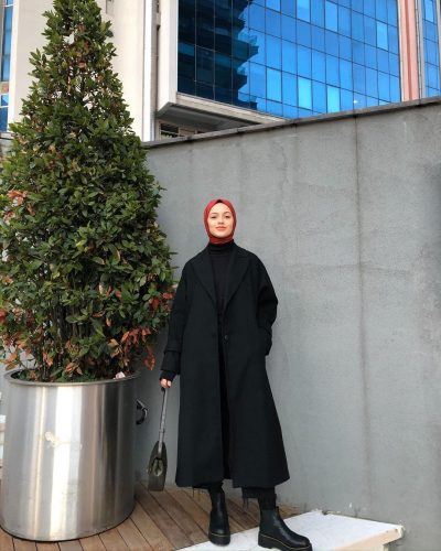 @ayse_coskunn Chic Ways to Wear Black Hijab Style