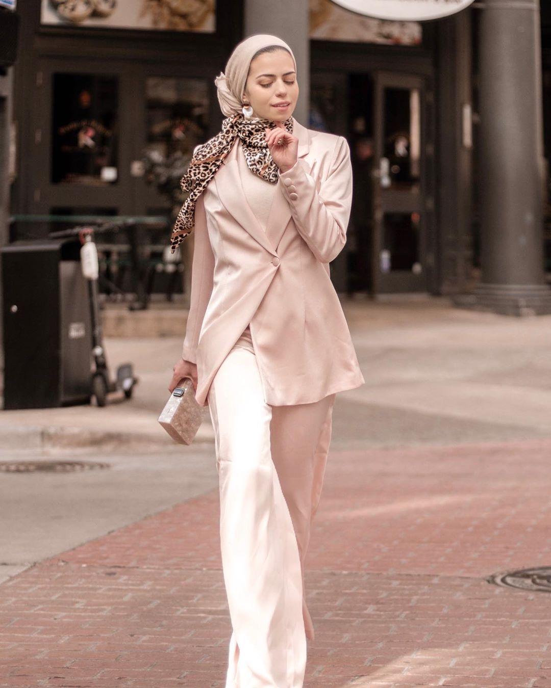 Gorgeous Parisian Hijab Style Ideas