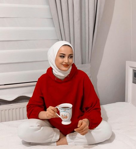 Style Ideas For Hijabis To Wear At Home