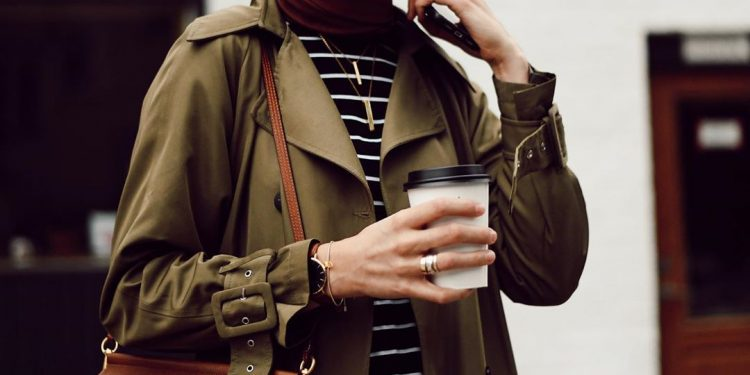 Fresh Trends How to Style Fall Coat For Hijab Outfit