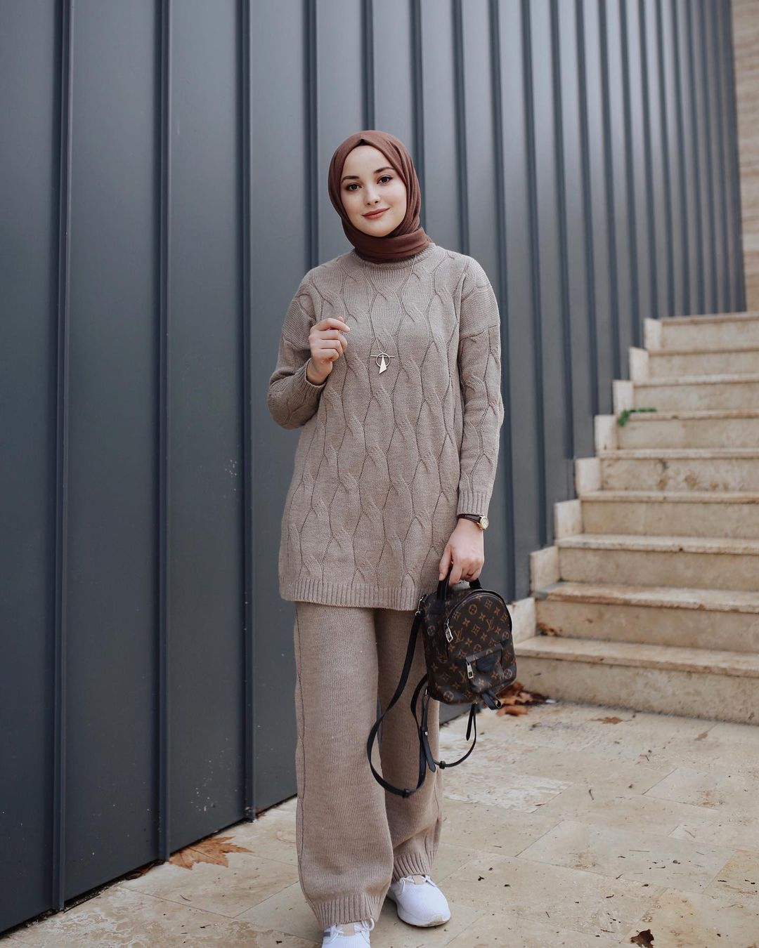 Hijab Earth Tone Outfit Ideas For Basic Girls
