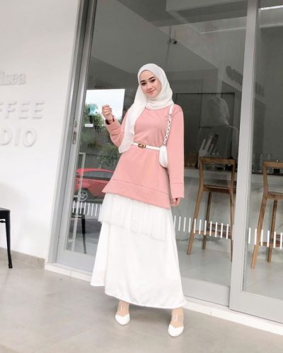 Chic Ways to Style Pink Hijab Outfit Looks