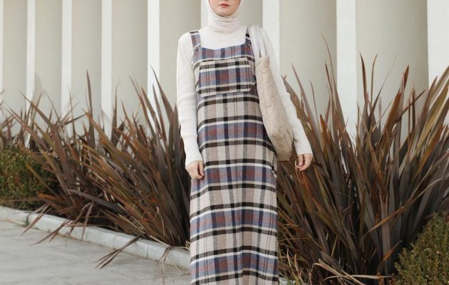 2021's Spring Trend Hijab Look Ideas With Maxi Dresses