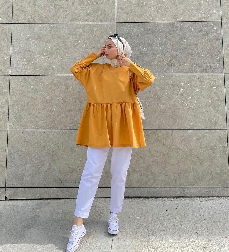 أزياء بسيطة وغير رسمية تبدو أفكارًا لحفل إفطار رمضان