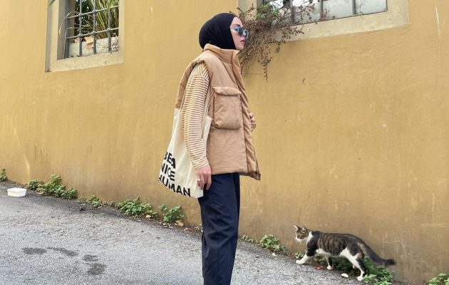 Ultimate Guide To Wear Hijab Outfit With Sneakers This Fall